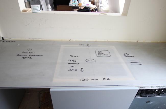 Correx ® (corex) Corrugated Plastic Worktop Protector 700MM X 3000MM X 3MM (400 sheets)
